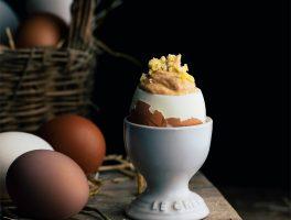 huevos rellenos de atun