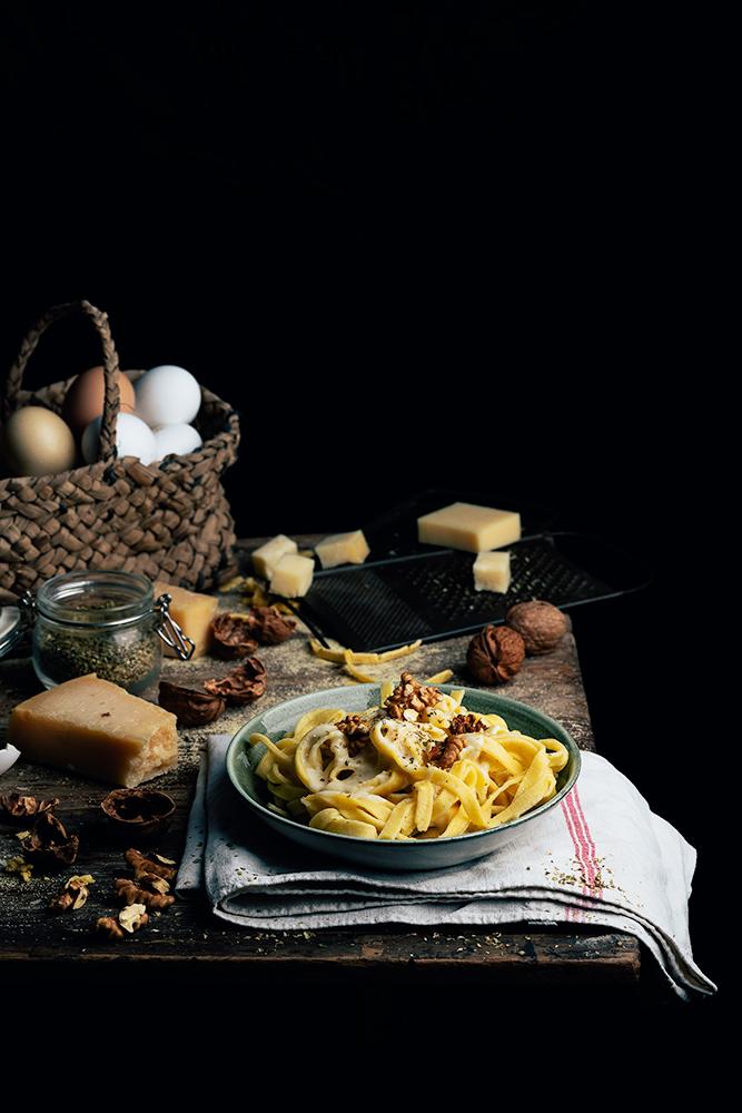 pasta fresca casera con salsa cuatro quesos